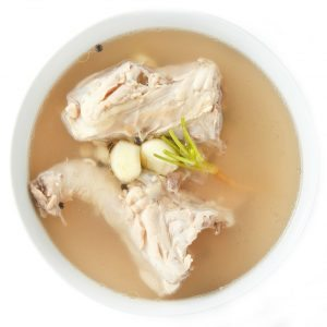 chicken-broth-bullet-image-3_aa4drgz